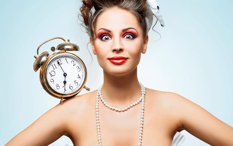 сколько времени тратишь на макияж